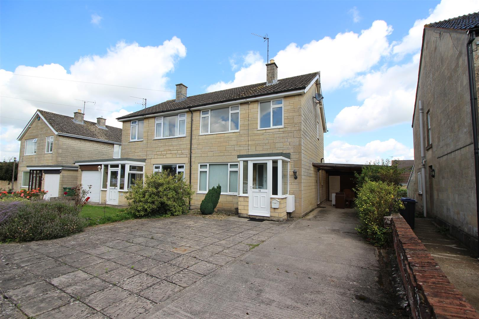 3 Bedrooms Semi Detached House for sale in Frogwell, Chippenham